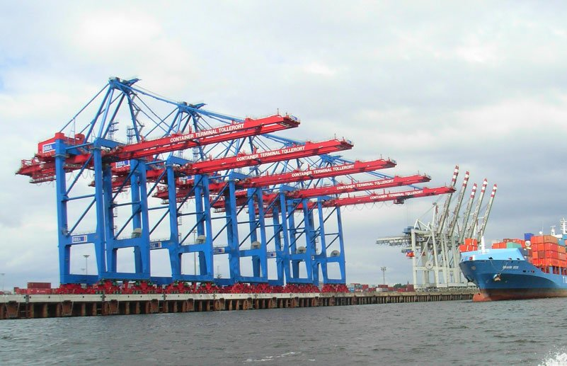 Ship To Shore Gantry Crane Nedir : Crane ropes latch and batchelor